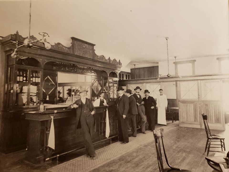 Cesmat bar