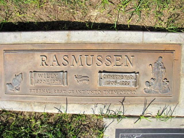 Willy Rasmussen, 1900-1978 Catherine Mary Borde Rasmussen, 1906-1999